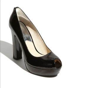 Michael Kors Black Lesly Peep Toe Pump Size 10